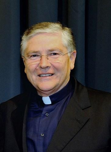 S.E. mons. Orazio Francesco Piazza, vescovo di Sessa Aurunca