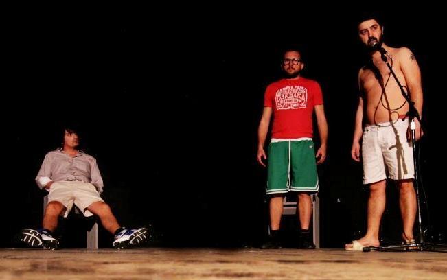 Il 22 aprile al Teatro Ariston di Mondragone in scena TVATT